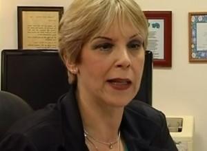 """ד""""ר חיה ילינק. מנהלת מוערכת על ידי ההורים והתלמידים. מה הביא אותה למסור מכתב התפטרות?"""