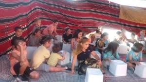 התלמידים הנרגשים, התלבשו במיטב המחלצות האתניות שתאמו לרוח התקופה. צילום: עיריית טירת כרמל