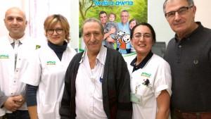 צוות מרפאת קיבוץ גלויות באירוע לאיתור מוקדם של תחלואת עיניים בקרב חולי סוכרת. צילום: דוברות כללית