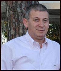 """אמיר גרינבוך ז""""ל. כחבר מועצת עיר קידם נושאים רבים בחינוך ורווחת תושבי העיר, כאשר לחינוך המיוחד הייתה לו פינה חמה בלב"""