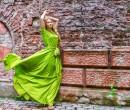 אופנה בירוק Greenery, צילום shutterstock.
