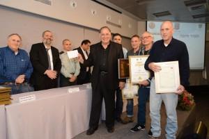בתמונה: ראש עיריית חיפה, יונה יהב, בטקס קבלת הפרס. צילום: אלי נאמן