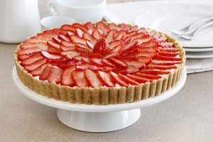 white_chocolate_and_strawberry_tart-s