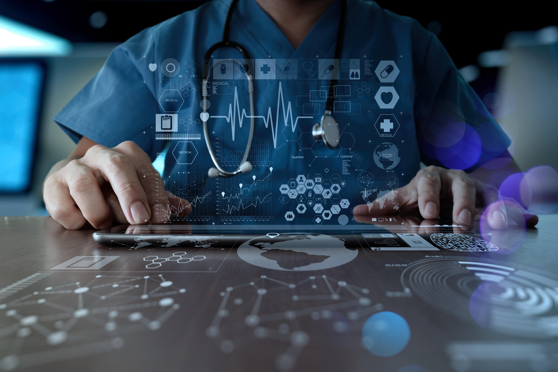 בריאות דיגיטלית באקדמית צפת. קרדיט צילום: מאגר התמונות Shutterstock